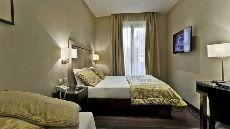 intown-luxury-home-rome-rooms-07