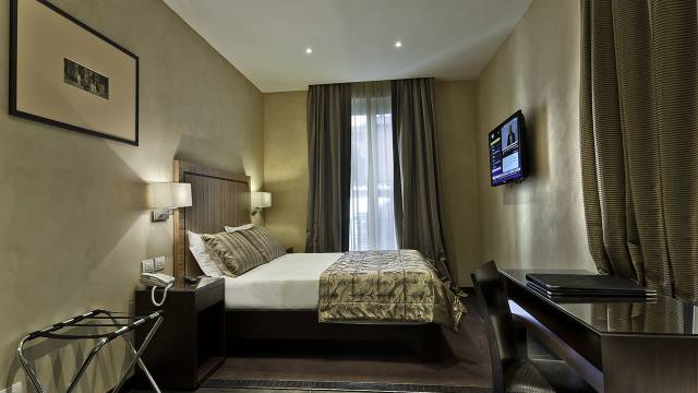 intown-luxury-home-rome-rooms-06