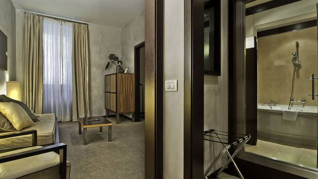 intown-luxury-home-rome-rooms-08
