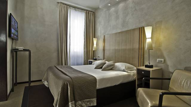 intown-luxury-home-rome-rooms-12