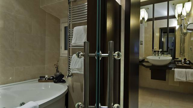 intown-luxury-home-rome-rooms-15