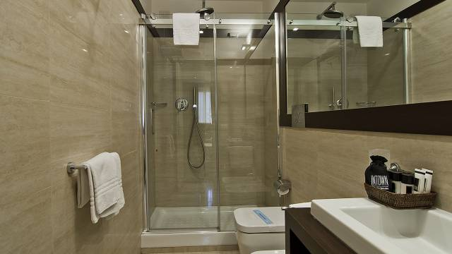 intown-luxury-home-rome-rooms-16